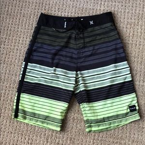 Hurley Swim Trunks (Size 32)
